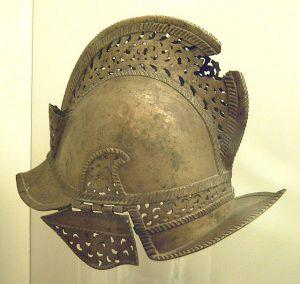 casco español siglo XVI